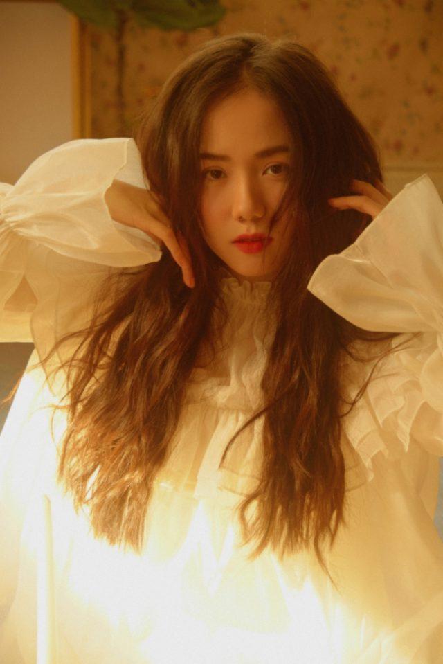 Phuong Ly's hair