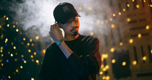 https://www.vpopwire.com/wp-content/uploads/2019/04/Den-Vau-vietnam-rapper-vpop-640x337.jpg
