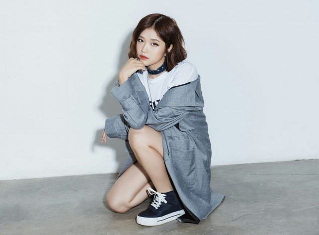 suni ha linh vpop singer facebook