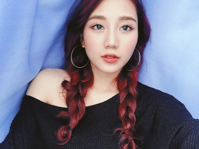 Trang Thien red hair