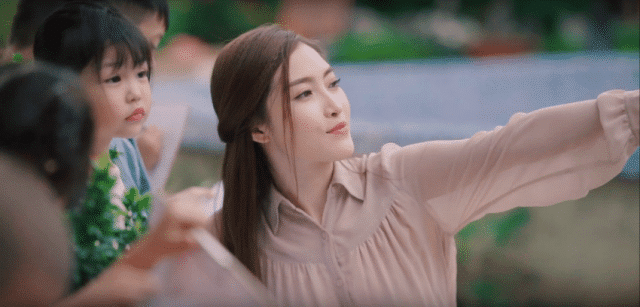 meena vietnamese actress