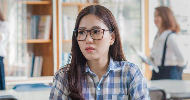 https://www.vpopwire.com/wp-content/uploads/2019/09/thuy-chi-beautiful-vietnamese-singer-640x337.jpg