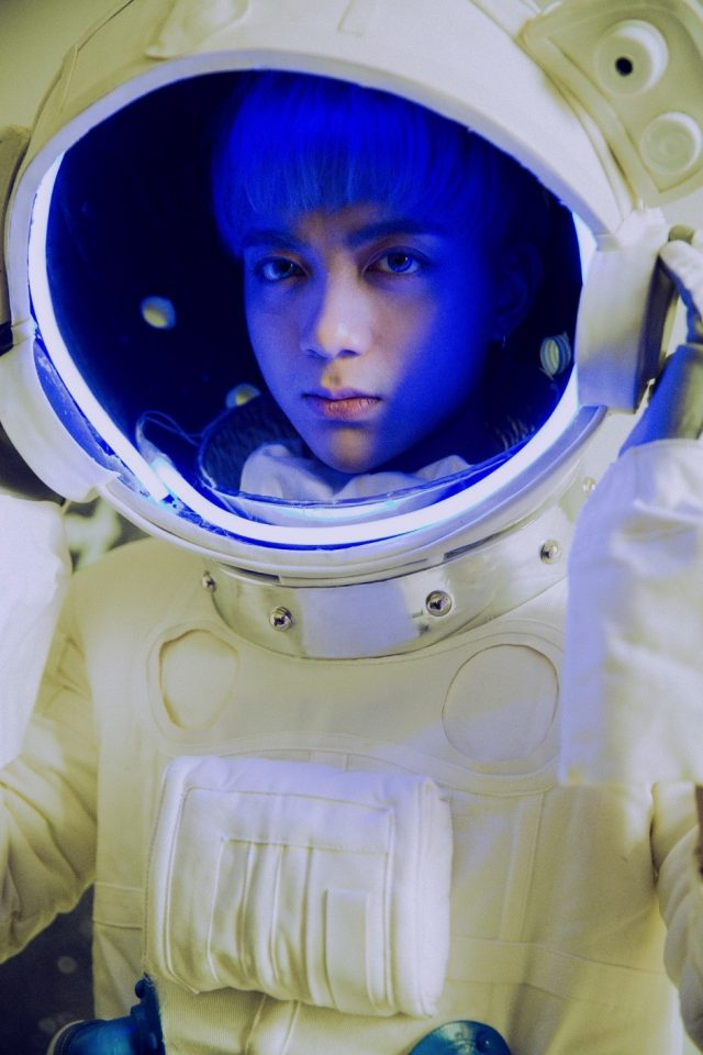 soobin space suit
