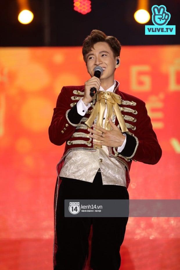 Truyen Thai Y vpop live show