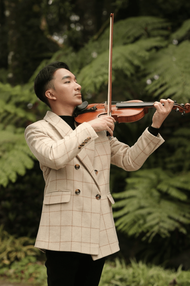hoang rob violinist concert