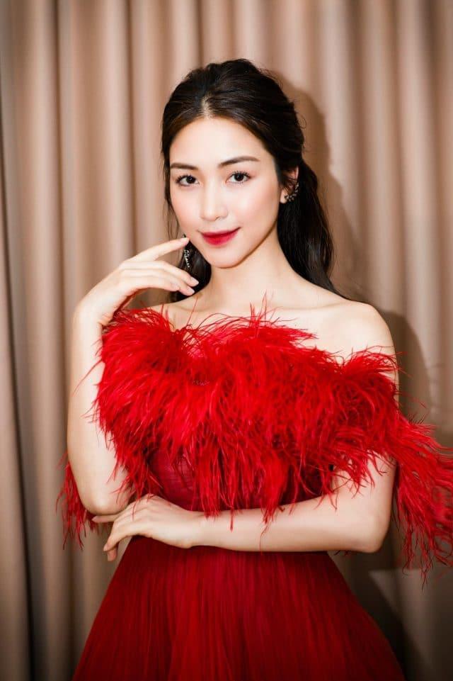 hoa minzy red dress vpop singer