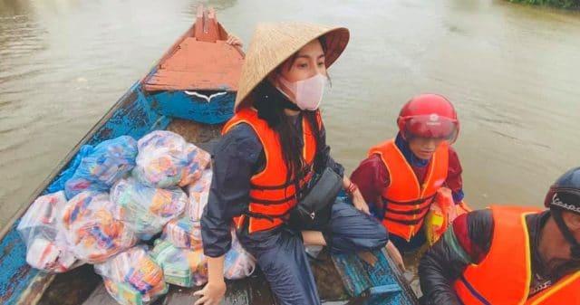 https://www.vpopwire.com/wp-content/uploads/2020/10/vietnam-flood-relief-thuy-tien-tran-thanh-vpop-640x337.jpg