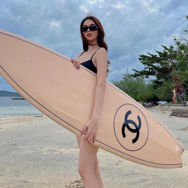 ngoc trinh surf