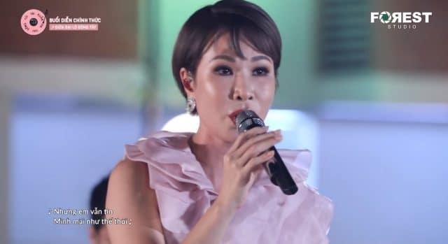 uyen linh giua dai lo dong tay vietnamese music